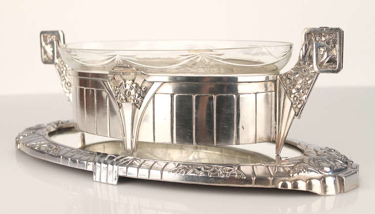 antique art deco tureen centerpiece jardiniere silver. Black Bedroom Furniture Sets. Home Design Ideas
