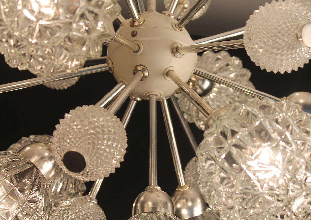 Large Sunburst Glass Chandelier,  1960s Modernist  Stilnovo Style Pendant Lamp  For Sale 1