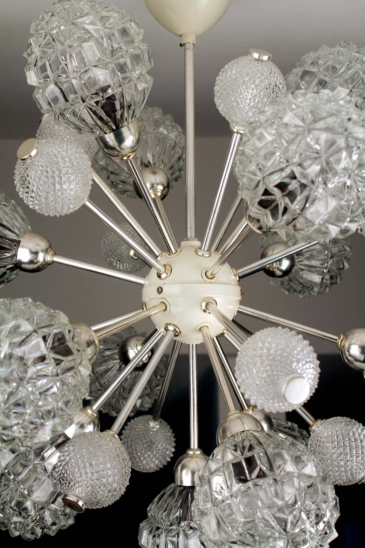 Mid-20th Century  Large Sunburst Glass Chandelier,  1960s Modernist  Stilnovo Style Pendant Lamp  For Sale