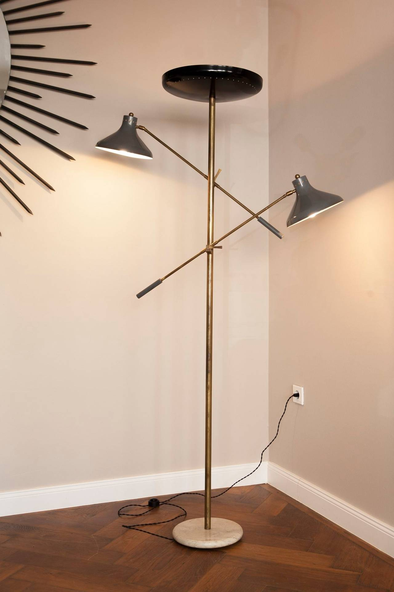 Italian Floor Lamp, Italy circa 1950 For Sale 1