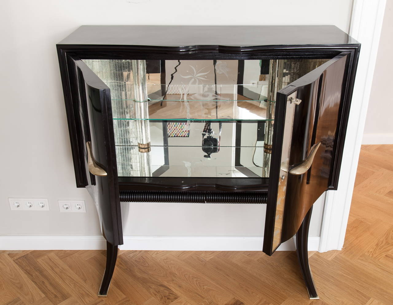 Silvered Amazing Bar Cabinet, by Paolo Buffa, Italy, circa 1950 For Sale