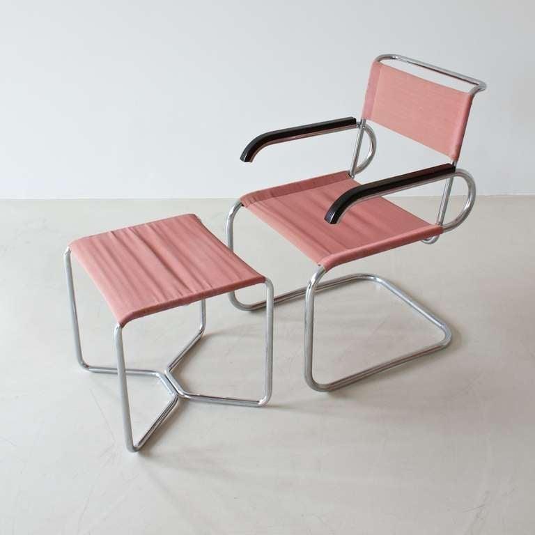 thonet b 8 stool at 1stdibs. Black Bedroom Furniture Sets. Home Design Ideas