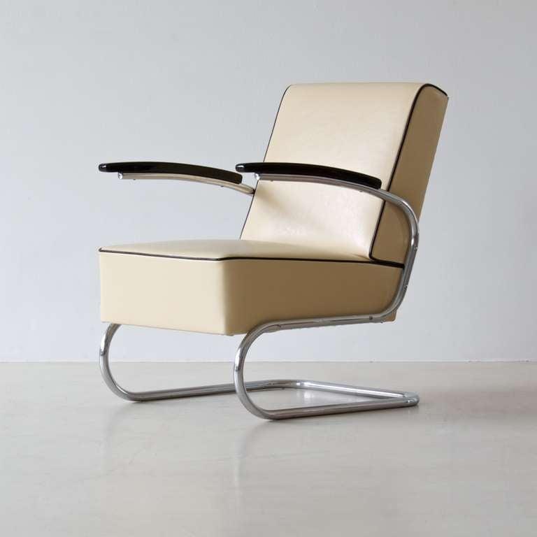 bauhaus tubular steel lounge chair at 1stdibs. Black Bedroom Furniture Sets. Home Design Ideas