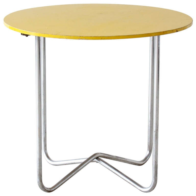Bauhaus Table At 1stdibs
