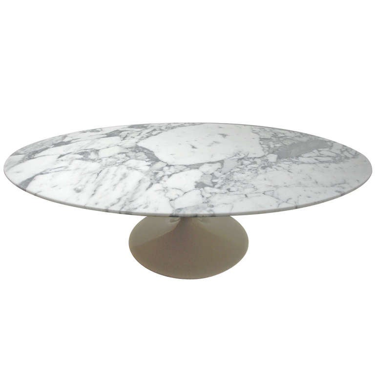 Eero Saarinen 167 Mc Oval Pedestal Coffee Table 1957 At 1stdibs