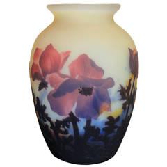 Art Nouveau Cameo Vase by Muller Frères Luneville