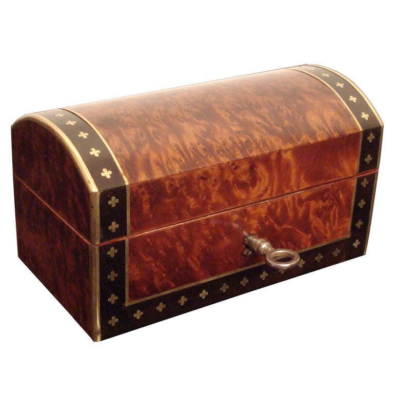 Small box inlaid with frieze of brass quatrefoil motif at for Deco quadrilobe