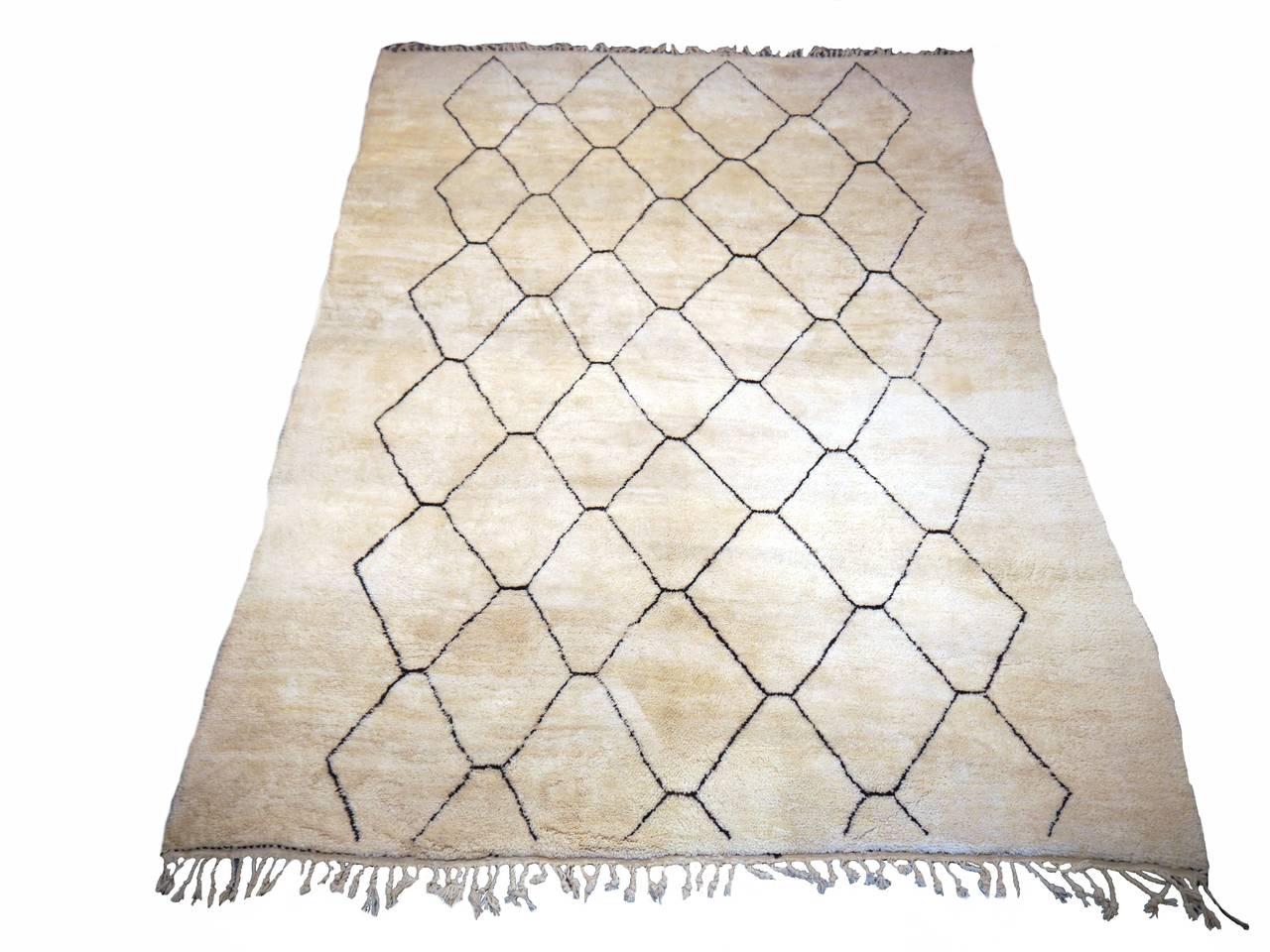beni ourain diamond design berber rug at 1stdibs. Black Bedroom Furniture Sets. Home Design Ideas