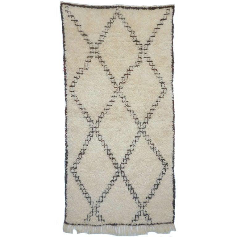 vintage beni ouarain berber rug at 1stdibs. Black Bedroom Furniture Sets. Home Design Ideas