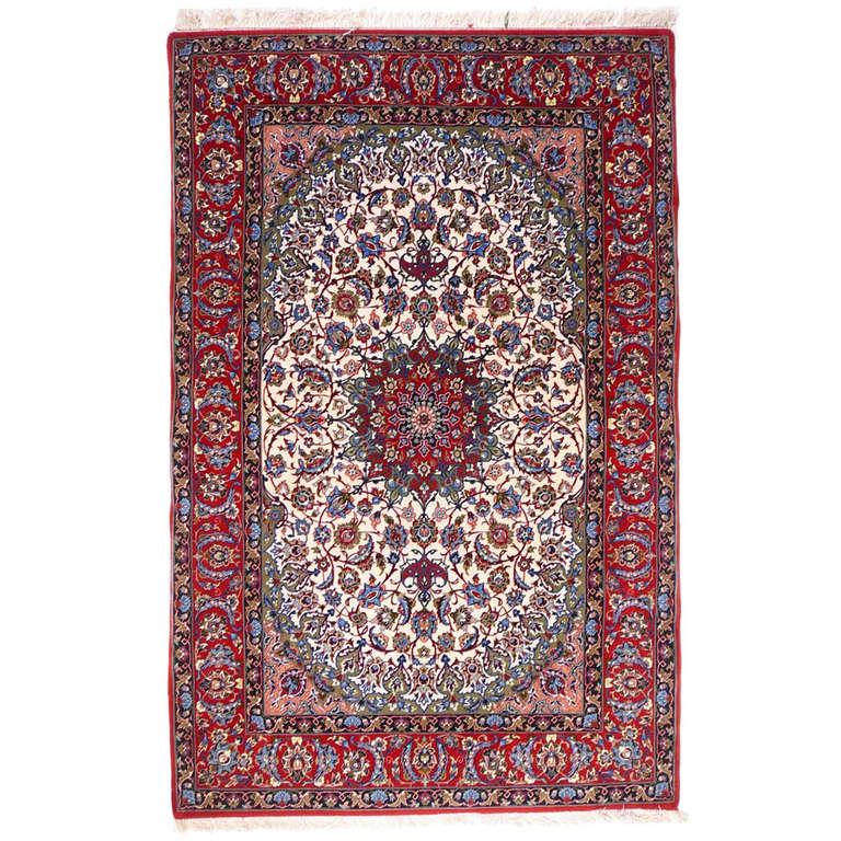 Classic Isfahan Rug At 1stdibs