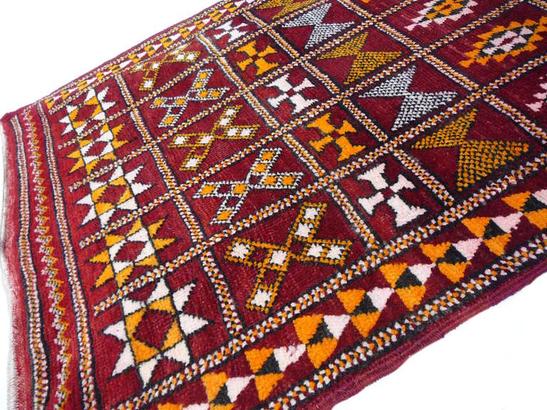 Tribal Vintage moroccan Berber rug For Sale