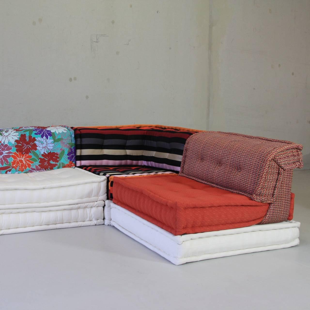 roche bobois mah jong sofa at 1stdibs. Black Bedroom Furniture Sets. Home Design Ideas