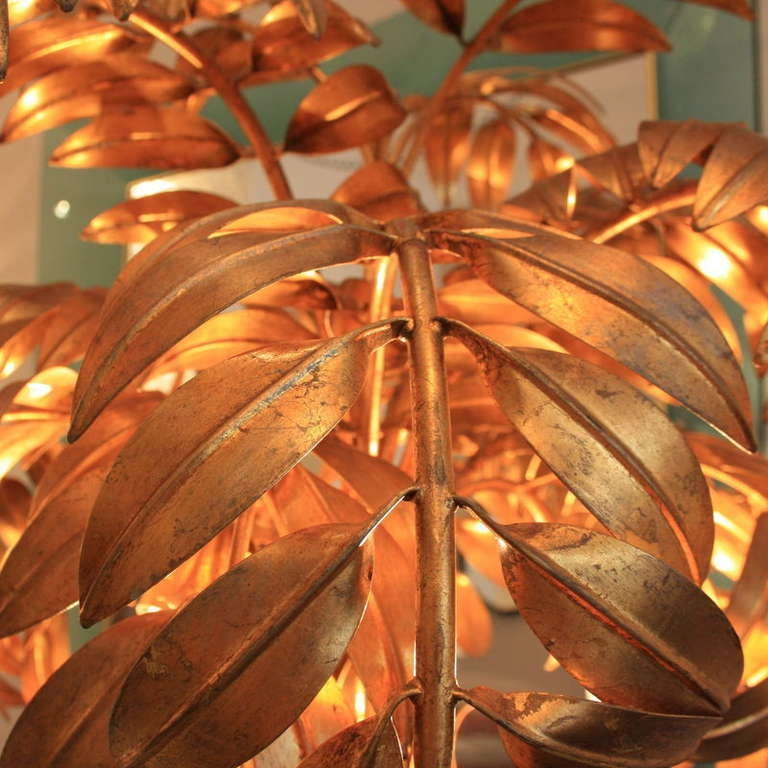 Large Palm Tree Floor lamp, 1960's. Metal structure, painted in gilt.