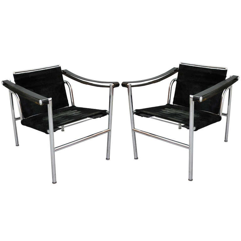 pair of le corbusier cassina lc1 at 1stdibs. Black Bedroom Furniture Sets. Home Design Ideas