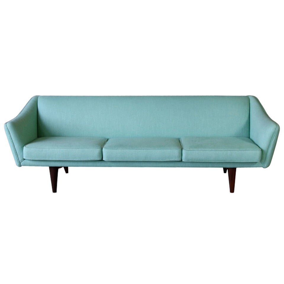 Illum wikkels sofa 1950s at 1stdibs for American sofa berlin