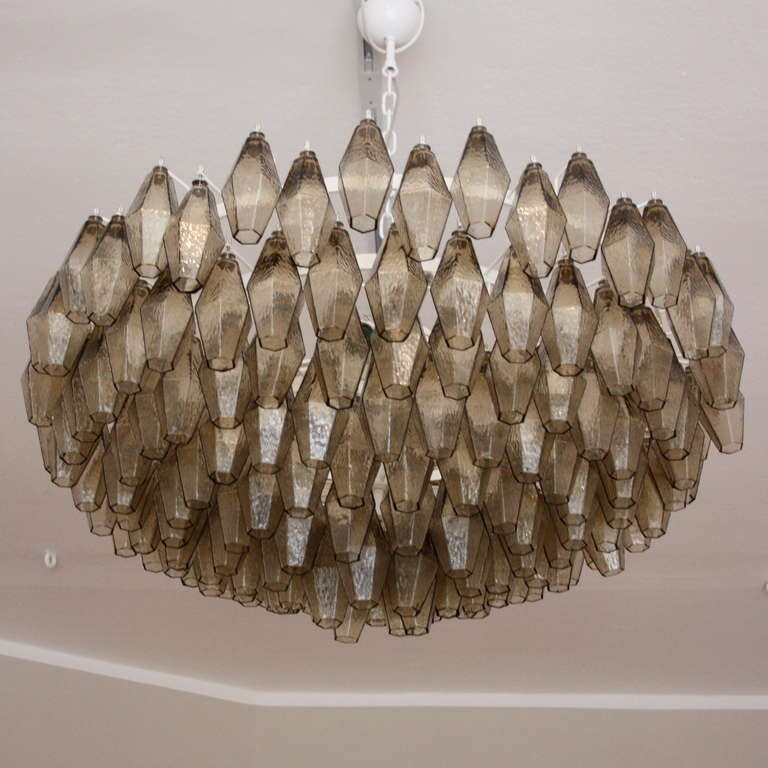 Large polihedral glass chandelier at 1stdibs for Lampadario scarpa