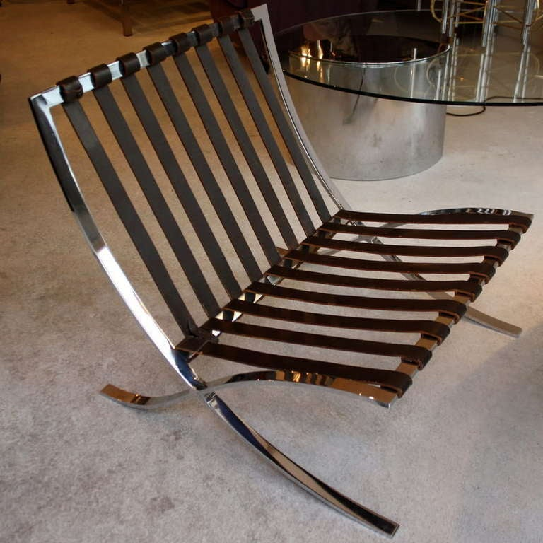 Barcelona Chair, Mies Van Der Rohe, Knoll In Excellent Condition For Sale  In Berlin