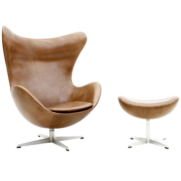 arne jacobsen egg chair fritz hansen denmark at 1stdibs. Black Bedroom Furniture Sets. Home Design Ideas