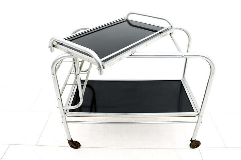 Art Deco Aluminium Cart Table with Tray, France, circa 1930s In Good Condition For Sale In Frankfurt / Dreieich, DE