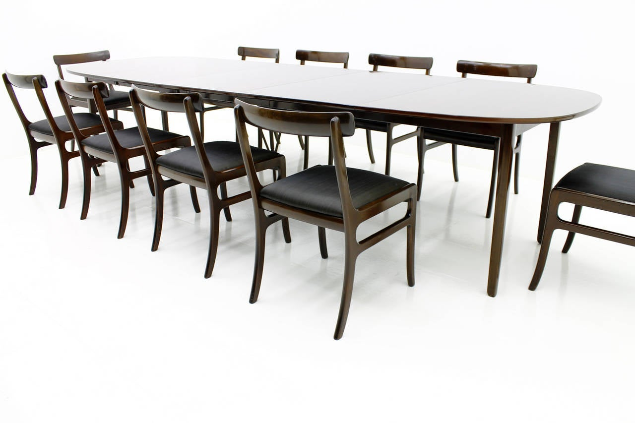 Large dining room set by ole wanscher rungstedlund for Large dining room sets