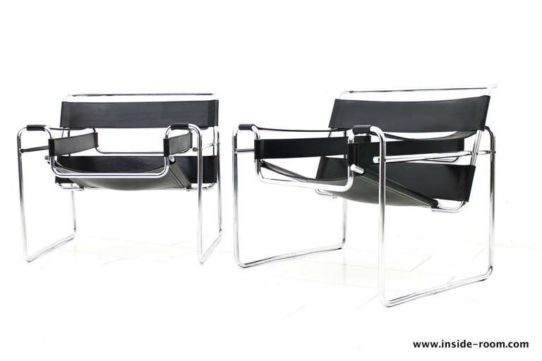pair b3 wassily lounge chairs marcel breuer knoll int bauhaus at 1stdibs. Black Bedroom Furniture Sets. Home Design Ideas