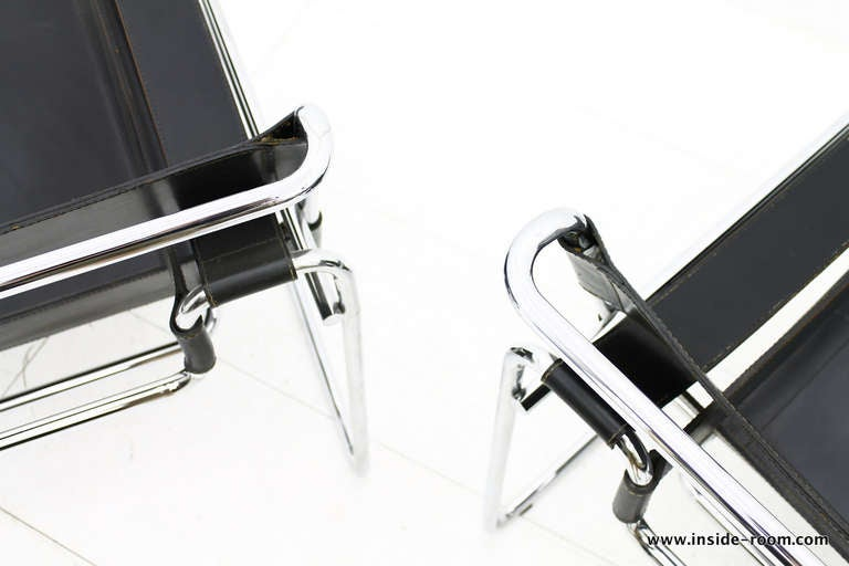 Vintage wassily chair by marcel breuer for knoll international for - Pair B3 Wassily Lounge Chairs Marcel Breuer Knoll Int
