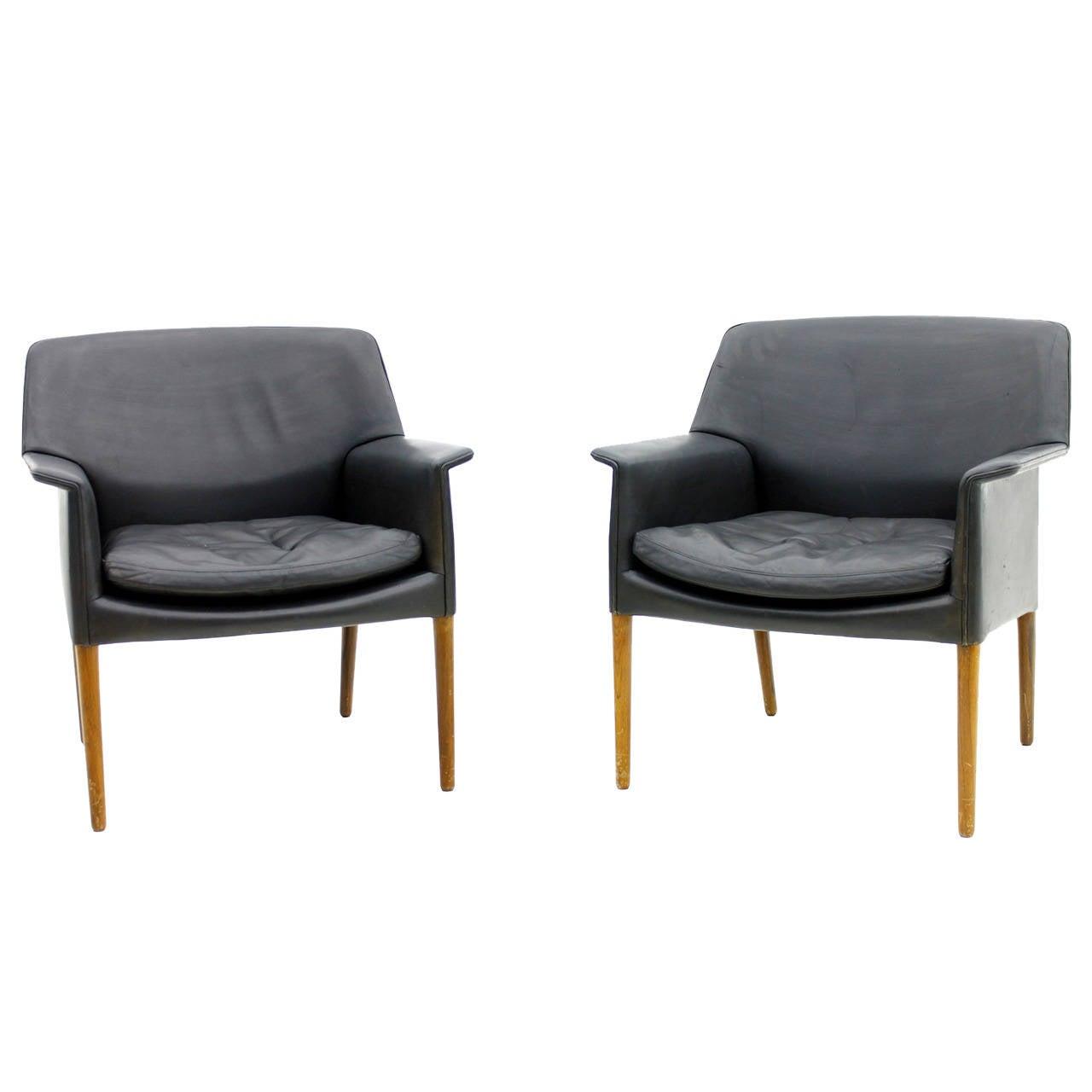 Pair Danish Lounge Chairs by Ejnar Larsen & Aksel Bender