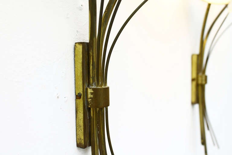 Mid-Century Modern Pair of Brass, Glass and Lucite Wall Sconces in the Style of Maison Arlus, 1950s For Sale