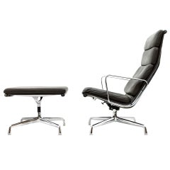 Charles & Ray Eames Soft Pad Lounge Chair EA 222, H. Miller