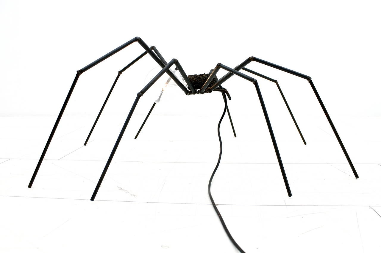 Great floor lamp, table lamp in the shape of a spider. Iron welded, circa 1970.