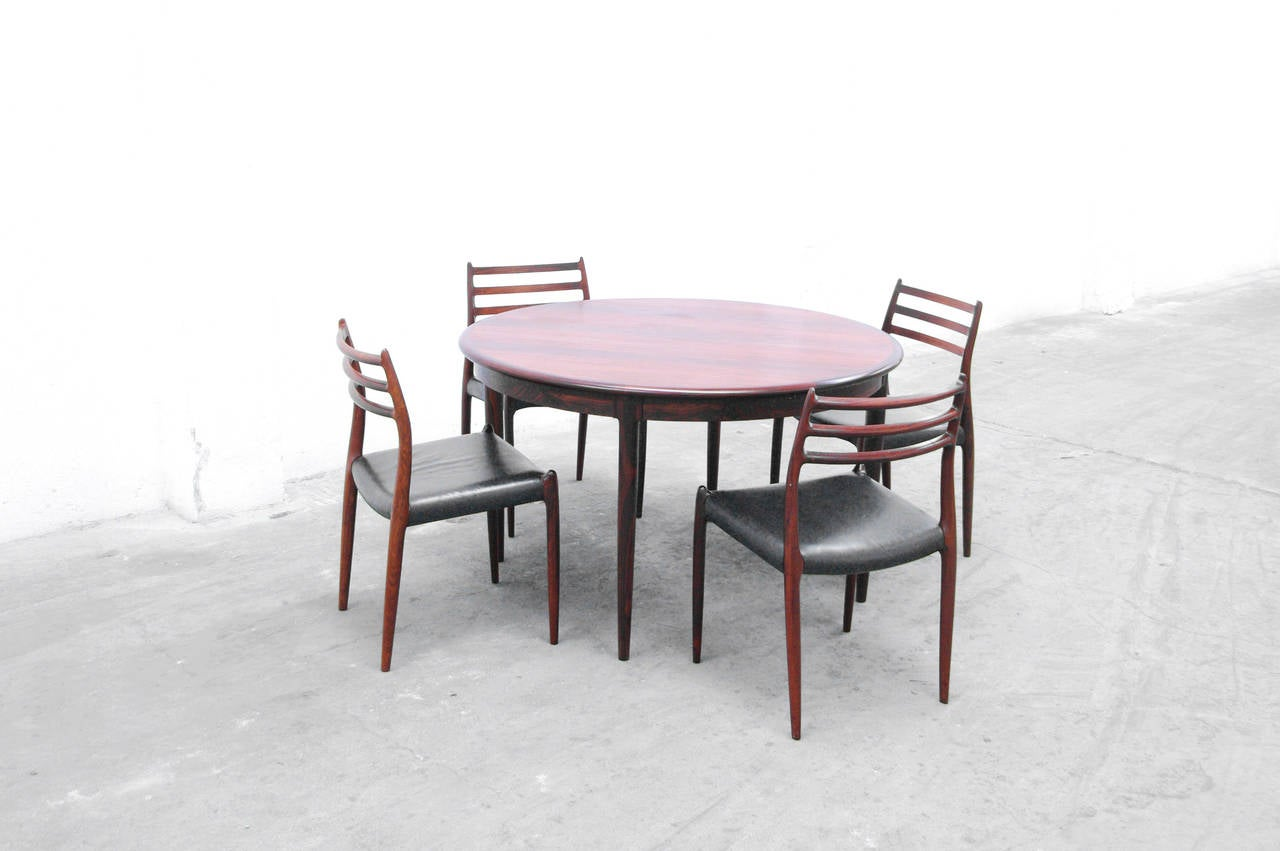 extendable dining table by niels otto m ller no 15 danish rosewood 1960s at 1stdibs. Black Bedroom Furniture Sets. Home Design Ideas