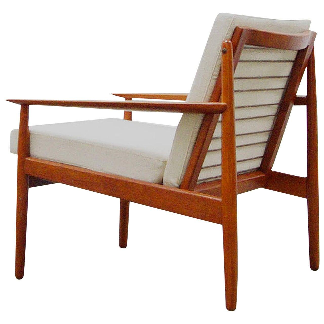 Easy chair by arne vodder for glostrup teak mid century for Danish furniture