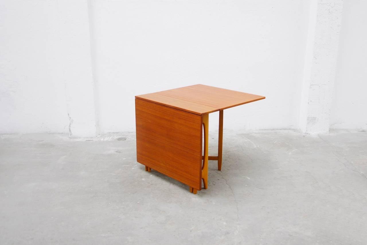 gateleg dining table danish midcentury modern design a. Black Bedroom Furniture Sets. Home Design Ideas