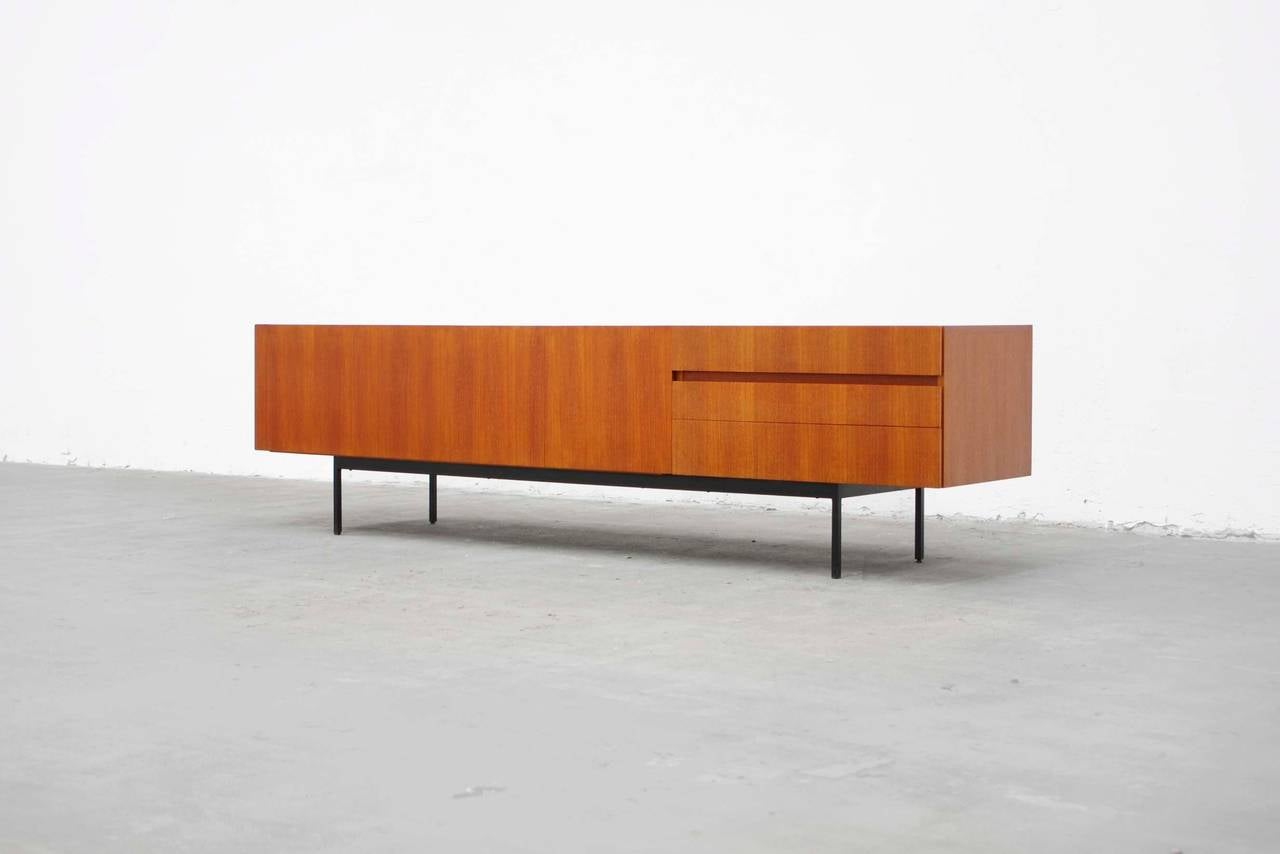 teak sideboard b41 by dieter waeckerlin for behr mid. Black Bedroom Furniture Sets. Home Design Ideas