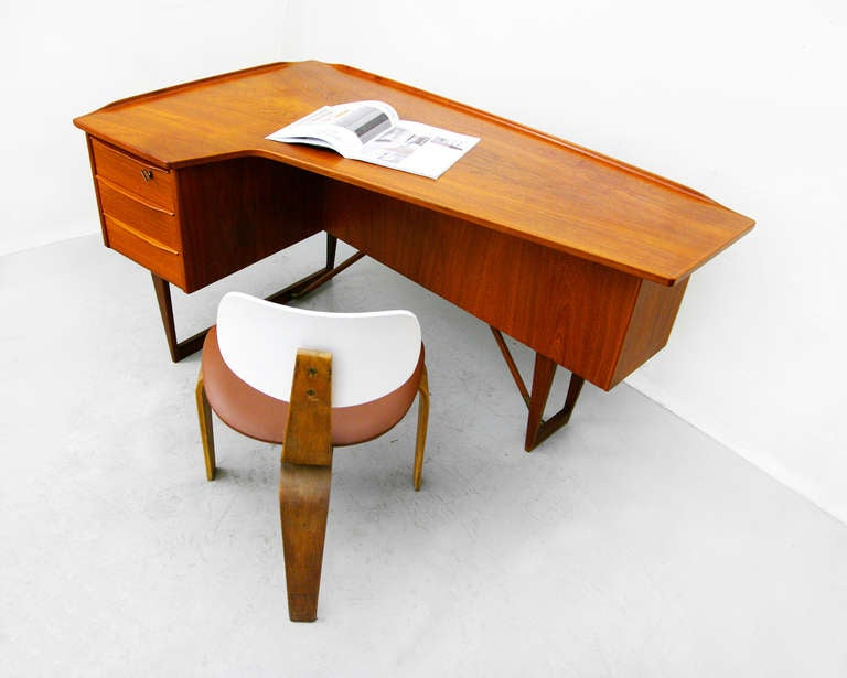 desk by peter l vig nielsen 1956 teak danish modern at 1stdibs. Black Bedroom Furniture Sets. Home Design Ideas