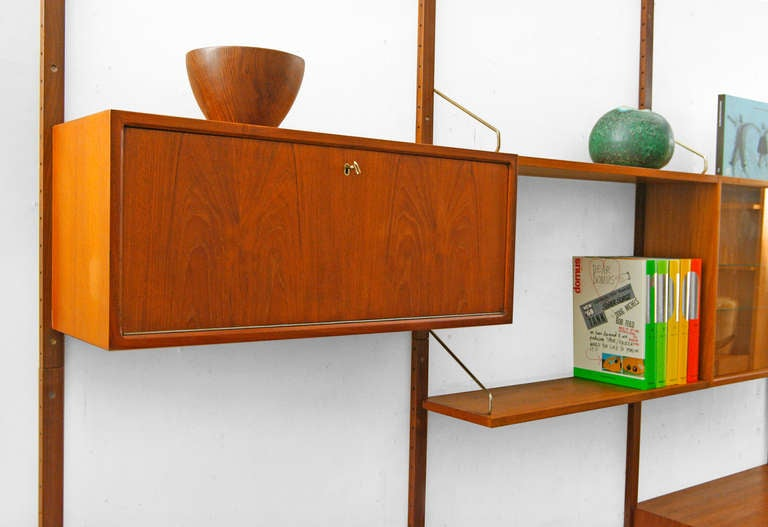 wall unit by poul cadovius 1958 royal system teak shelving. Black Bedroom Furniture Sets. Home Design Ideas