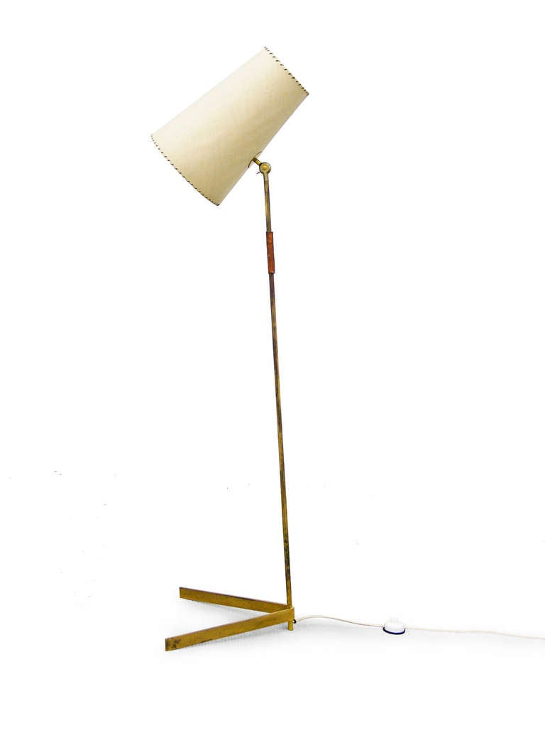 this mid century modern brass floor lamp 1950s is no longer available. Black Bedroom Furniture Sets. Home Design Ideas
