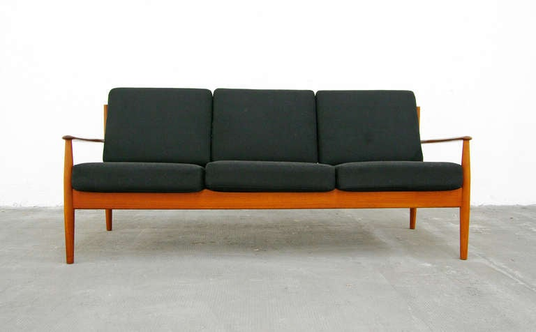 sofa by grete jalk model 118 teak danish modern cado denmark 1950 39 s 1960 39 s at 1stdibs. Black Bedroom Furniture Sets. Home Design Ideas