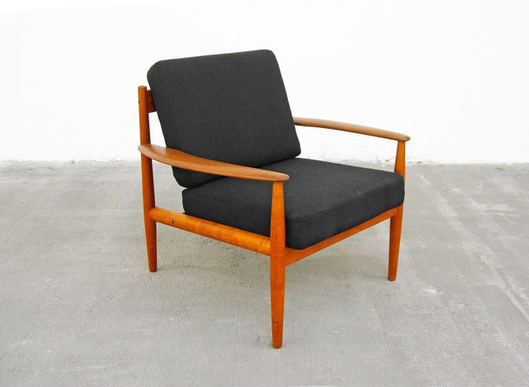 pair of teak easy chairs by grete jalk france and son danish modern denmark 1950 39 s 1960 39 s. Black Bedroom Furniture Sets. Home Design Ideas