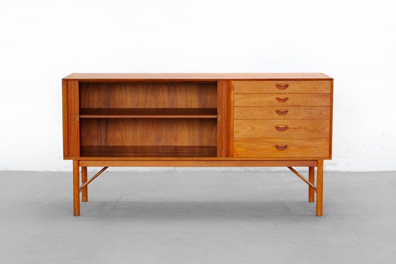 sideboard by peter hvidt and o m nielsen teak credenza danish modern design at 1stdibs. Black Bedroom Furniture Sets. Home Design Ideas
