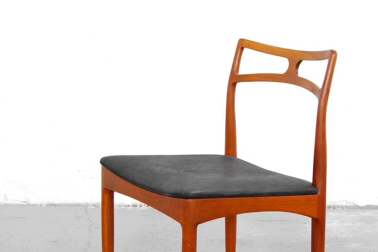 Set Of Six Dining Chairs By Johannes Andersen Teak Mid Century Danish Modern