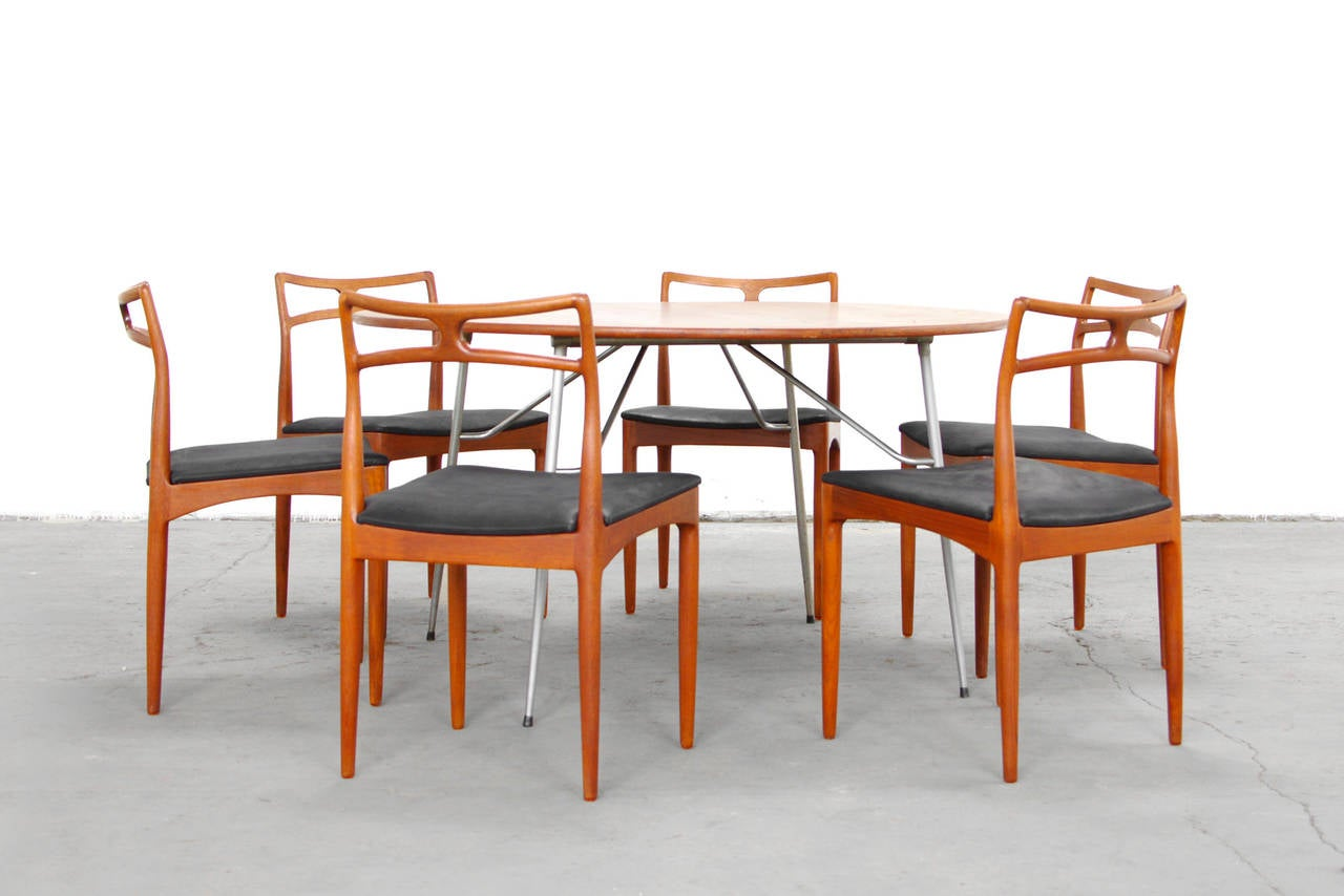 Set Of Six Dining Chairs By Johannes Andersen Teak Mid
