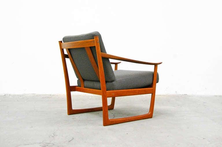 easy chair by p hvidt fd 130 france and son teak mid. Black Bedroom Furniture Sets. Home Design Ideas