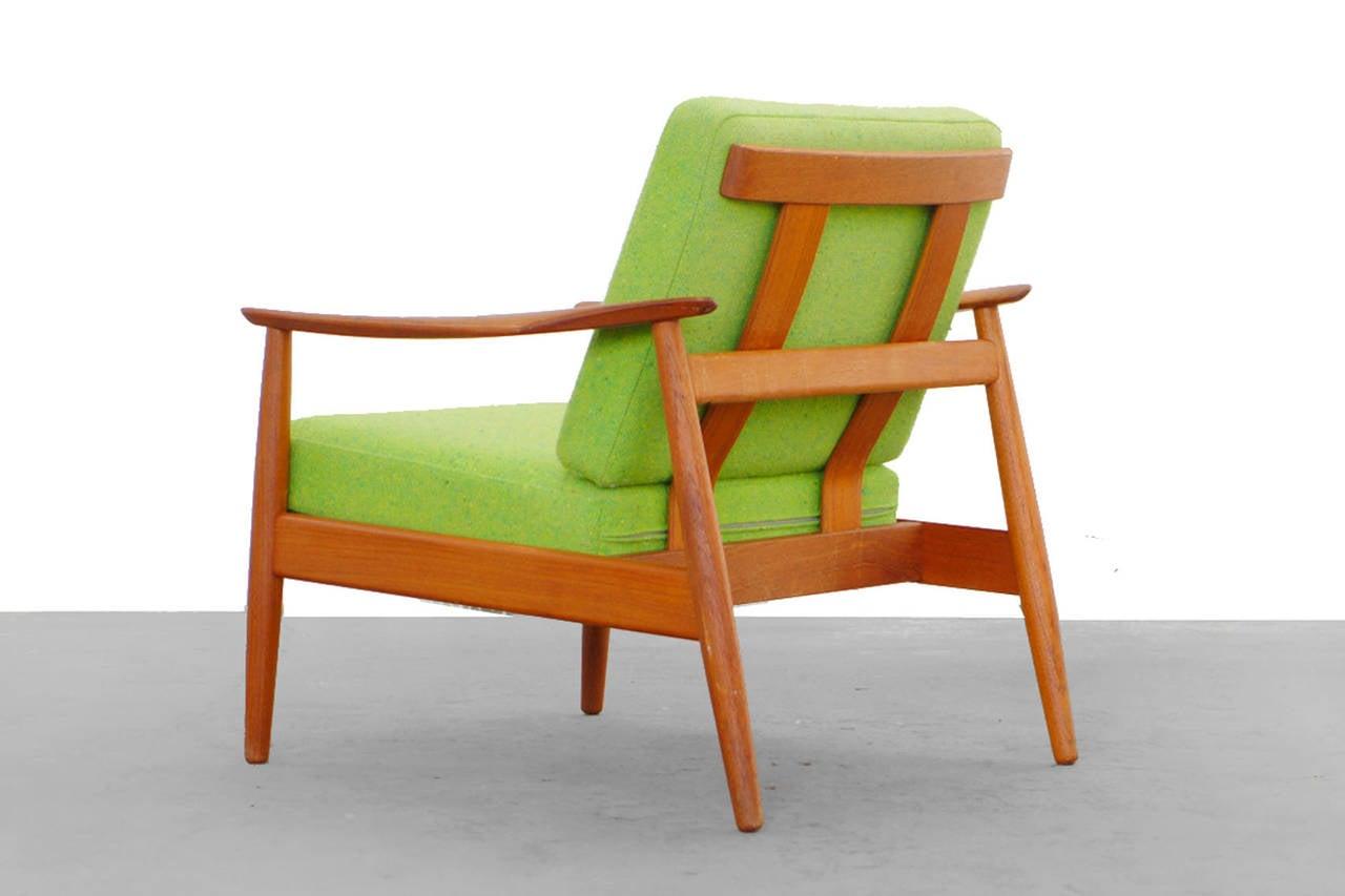 bright green teak easy chair by arne vodder for cado mod. Black Bedroom Furniture Sets. Home Design Ideas