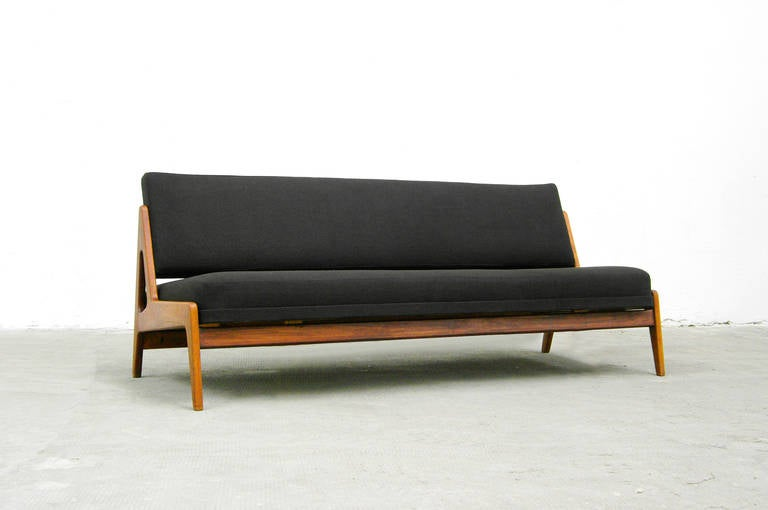 teak sofa or daybed by arne wahl iversen danish modern design 1960s at 1stdibs. Black Bedroom Furniture Sets. Home Design Ideas