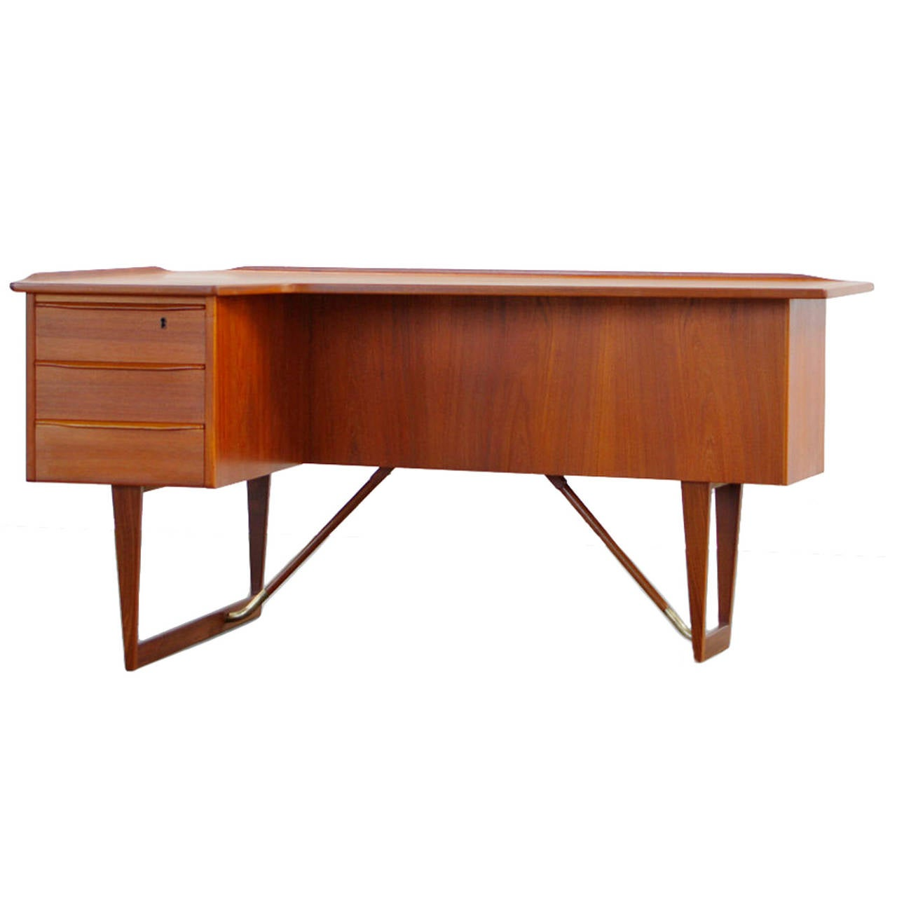 teak desk by peter lovig nielsen boomerang danish modern. Black Bedroom Furniture Sets. Home Design Ideas