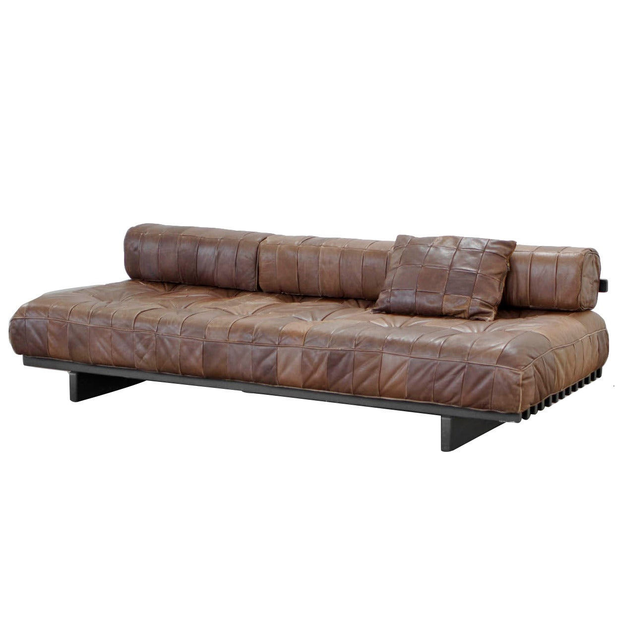 Classic daybed sofa by de sede ds 80 1972 at 1stdibs for Sofa 1 80 largura
