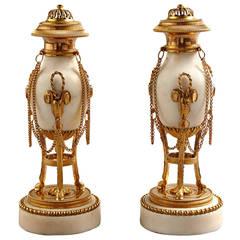 Paar Spätes 18. Jahrhundert Louis XVI Cassolettes Kerzenhalter