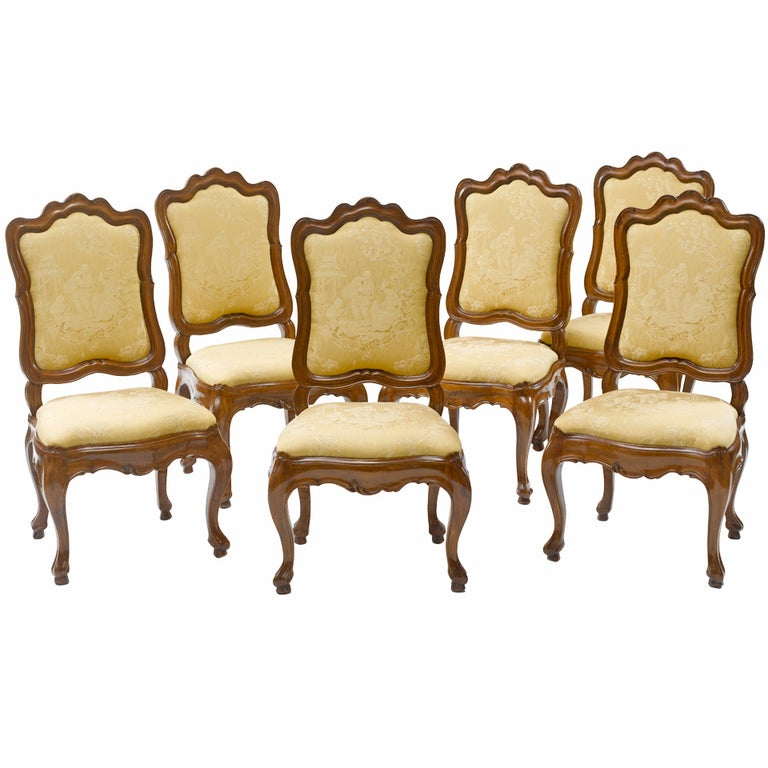 Set of Six 18th Century Italian Baroque Dining Chairs For Sale