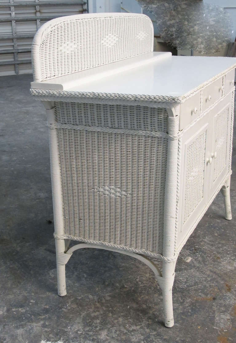 1920s wicker sideboard at 1stdibs for Sideboard rattan